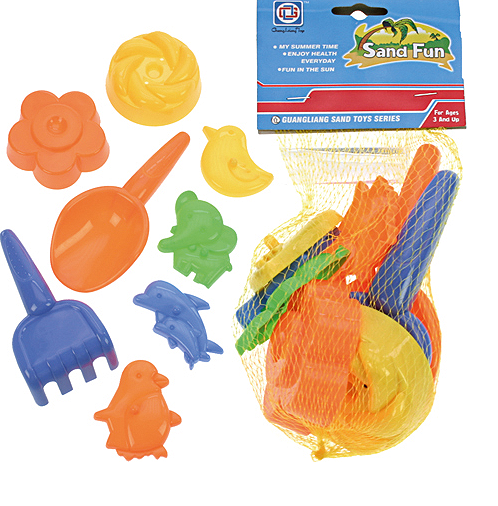 Sand shovel and moulds set 8 pieces in a net