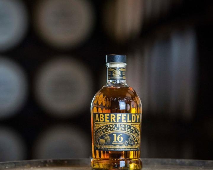 Aberfeldy 16, Single Malt Whisky, Bouteille