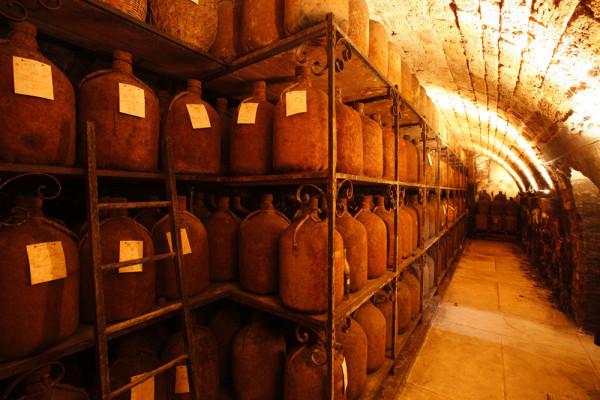 Tesseron distillery Faesser